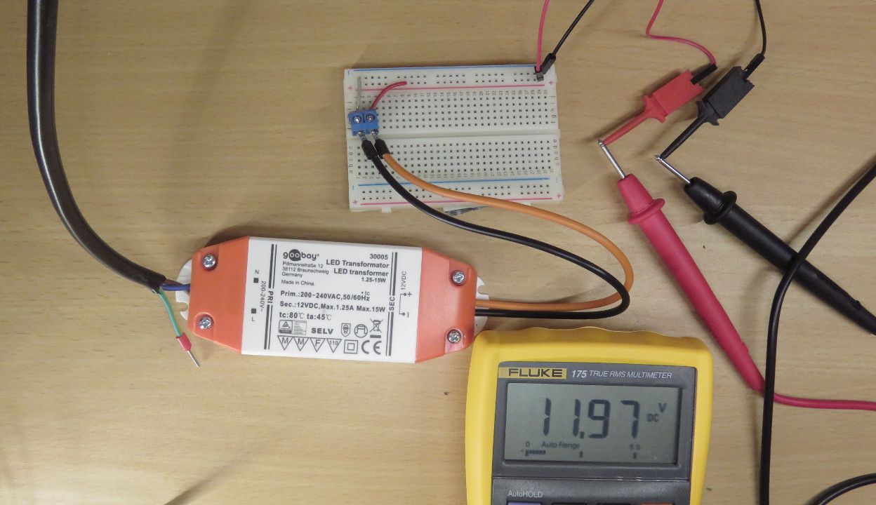 Seven Ways To Supply Power A Breadboard Michael Schoeffler 12vdc 9vdc Converter Ac Dc 12v 45v 9 Volt In Order Draw More From 9v Or Transformer Can Be Used Transformers Are Quite Common For Providing Leds With